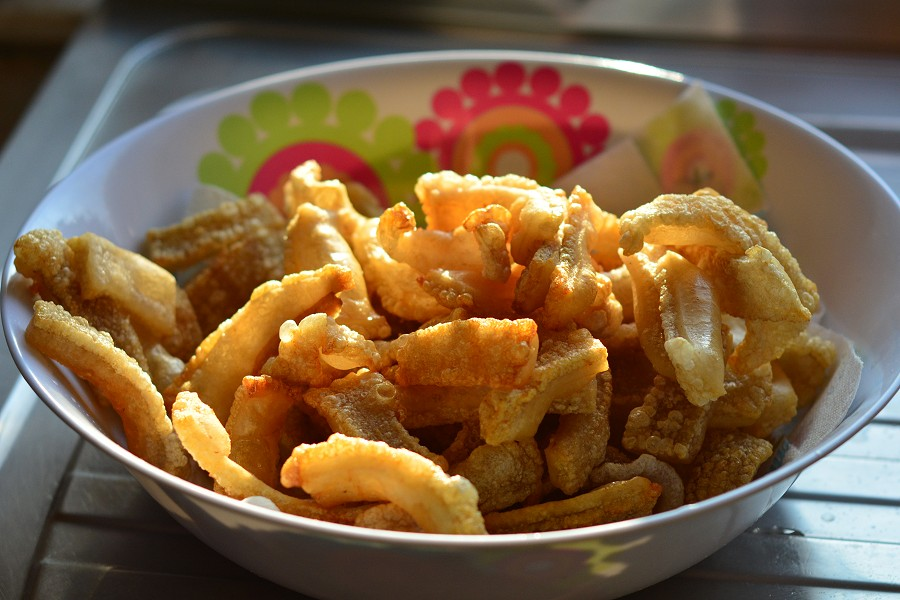 cooked-pork-scratching1.jpg